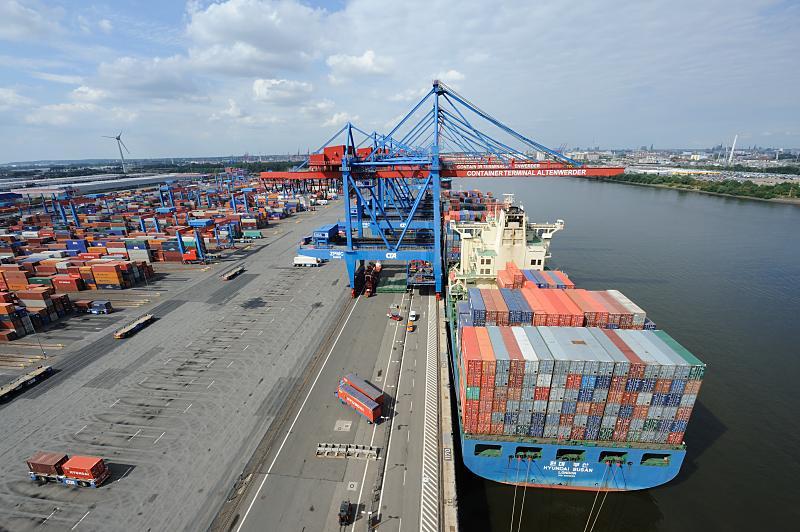 0020-6092_hhla-container-terminal-altenwerder.jpg