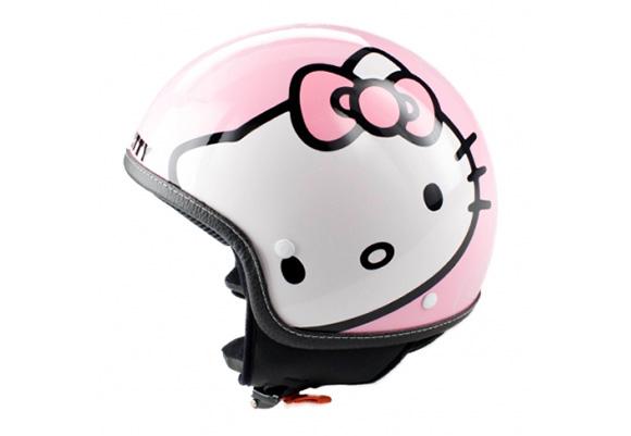 090604hello-kitty-helmet.jpg