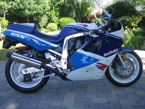 11_susuki-gsxr750r-1989-.jpg