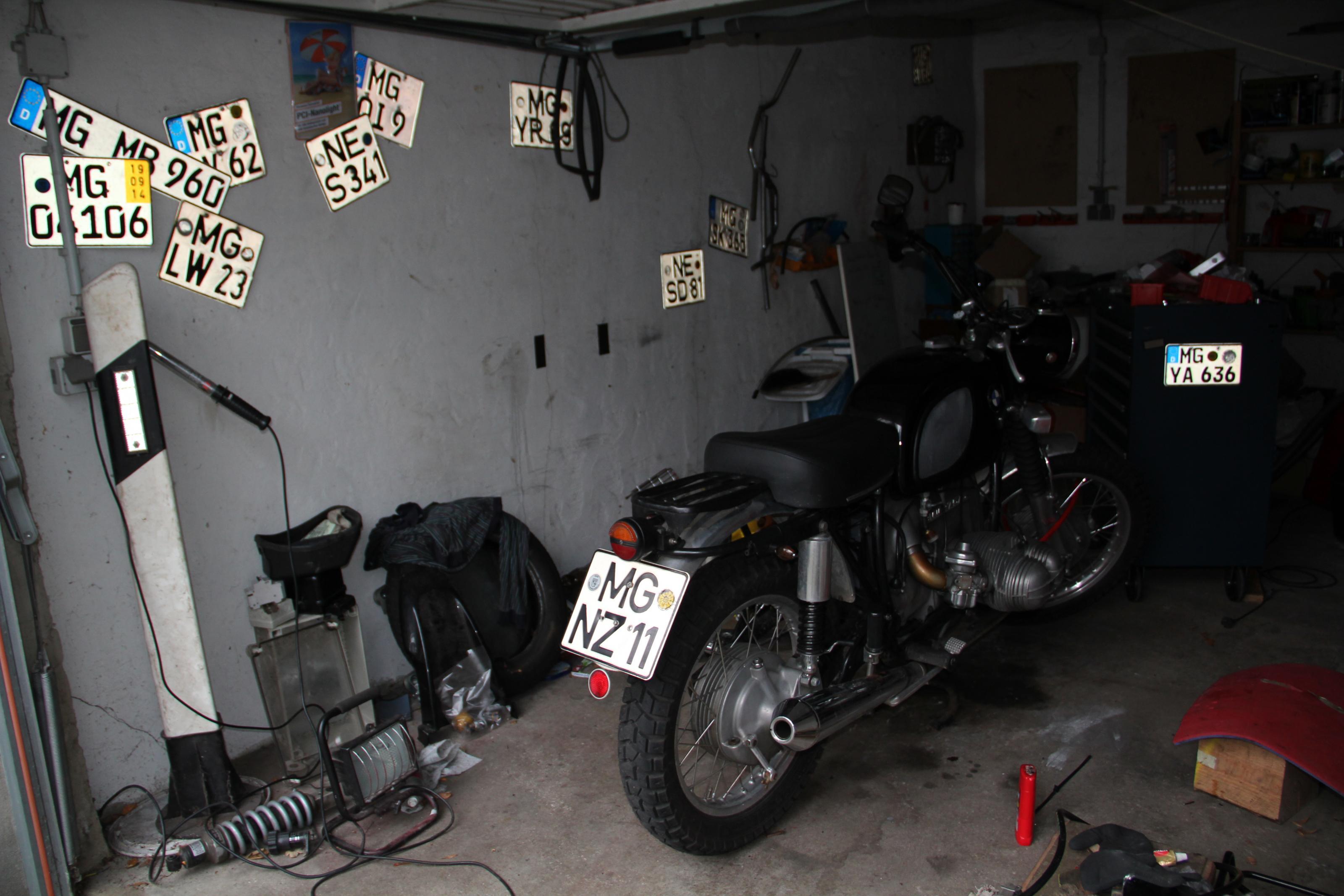 15-01-19_0002_garage_strich_5.jpg