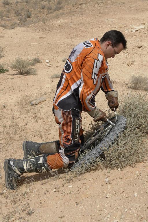 2006-04-16-10-46-16_roadrunner_dsc0727.jpg
