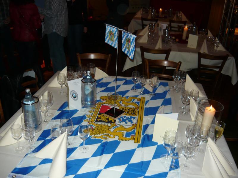 2009-maerz.ice-party-bayern-tisch.jpg
