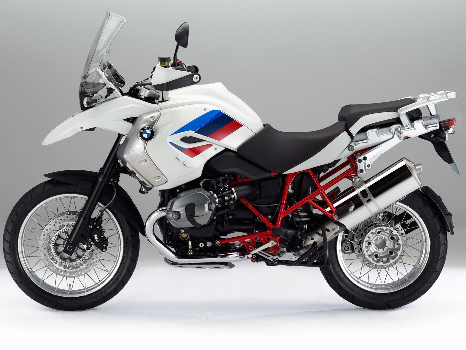 2012_BMW-R1200GS-Rallye_bmw-desktop-wallpapers_2.jpg