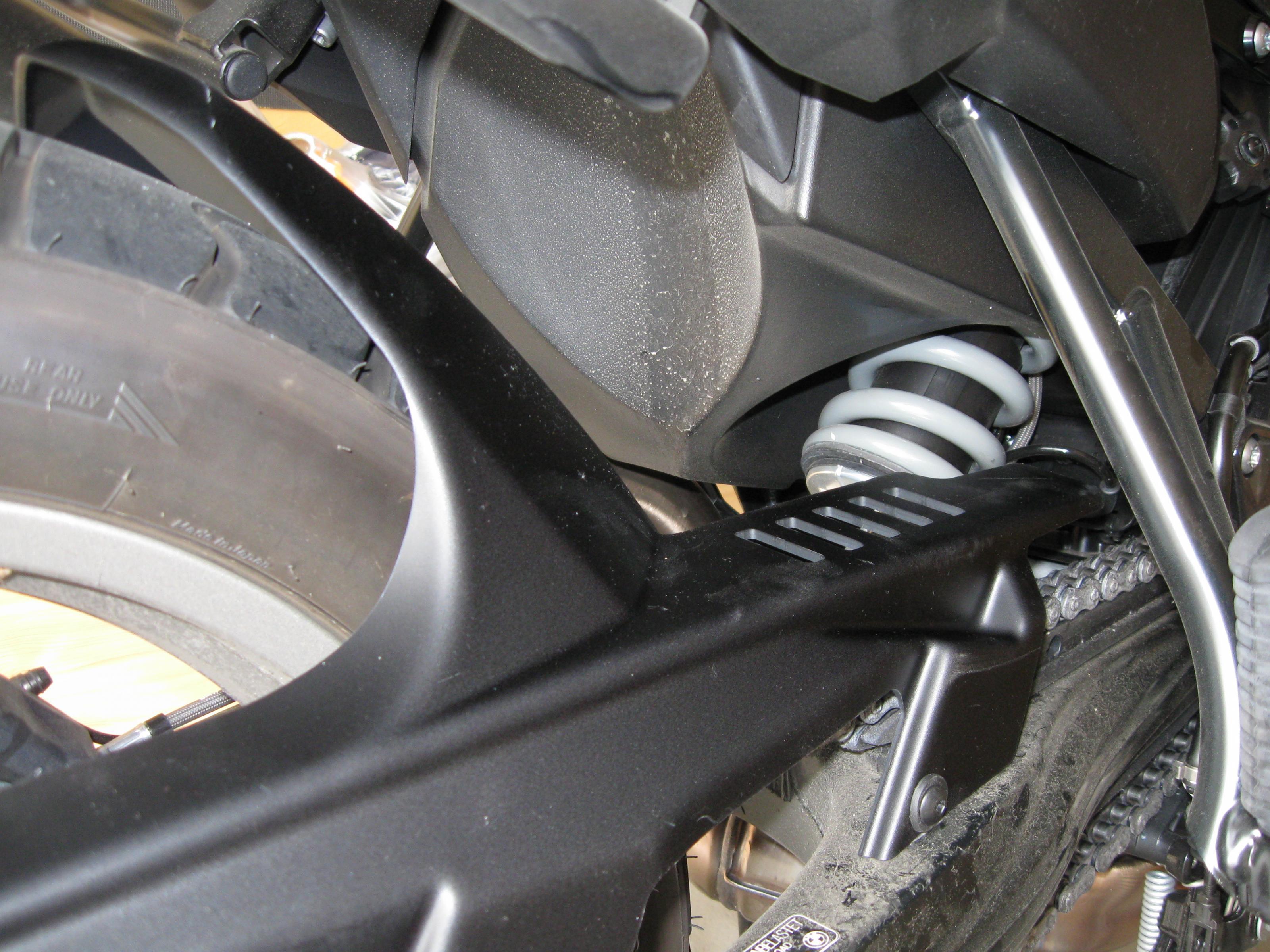 2013-06-27_c_puig-hinterradabdeckung-kettenschutz-angebaut-3-.jpg