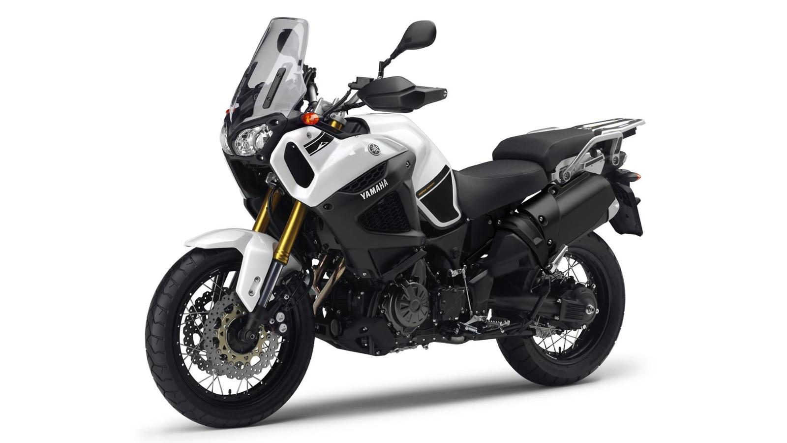 2013-yamaha-xt1200z-super-tenere-eu-competition-white-studio-007.jpg