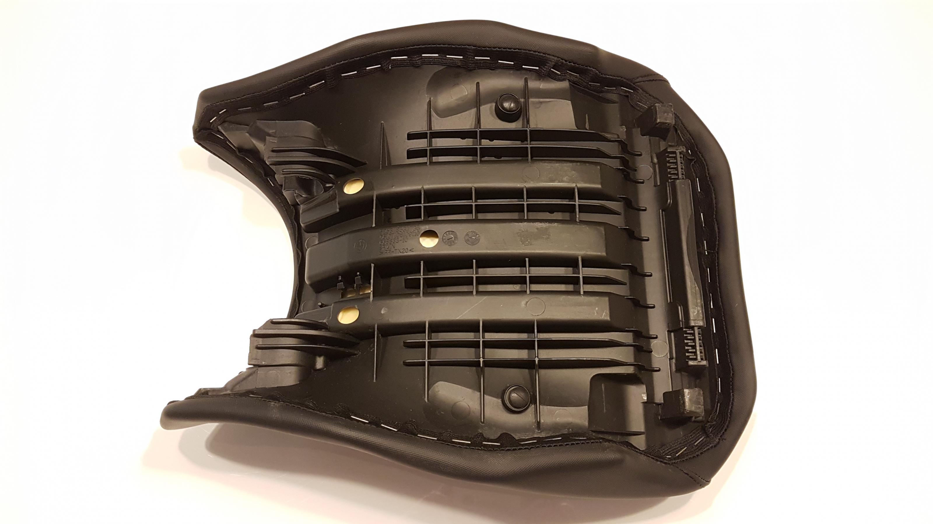 erledigt fahrersitz schwarz niedrig sitzh he 820 840 mm. Black Bedroom Furniture Sets. Home Design Ideas