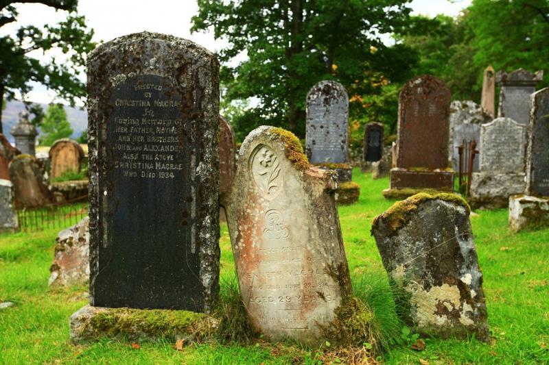32friedhof-n-he-appelcross.jpg