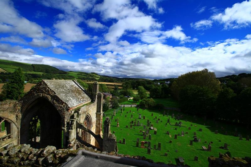 4.melrose-abbey-von-oben.jpg