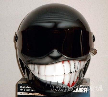 59692_happy_helmet_is.jpg