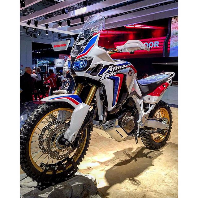 africa-twin-crf1000l-top.jpg