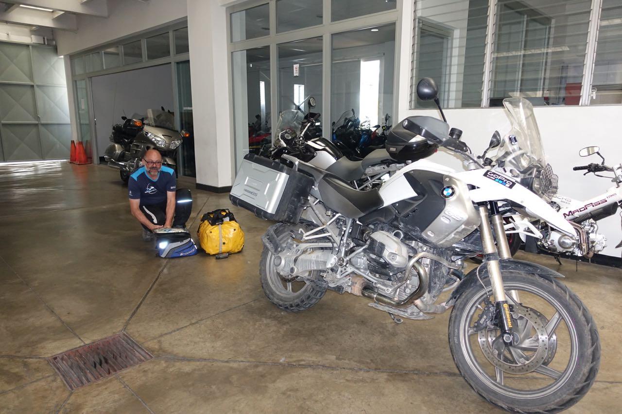 bei-bavaria-motos-guatemala.jpg