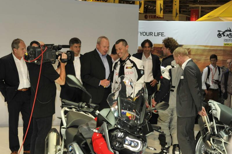 bmw-r-1200-gs-2013-conferenza-stampa-intermot-2012_10.jpg