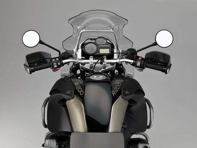 bmw-r-1200-gs-adventure-r-ed-rt-90-jahre-bmw-motorrad_13.jpg