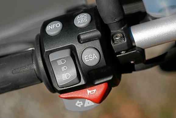 bmw-r-1200-gs_schalter.jpg