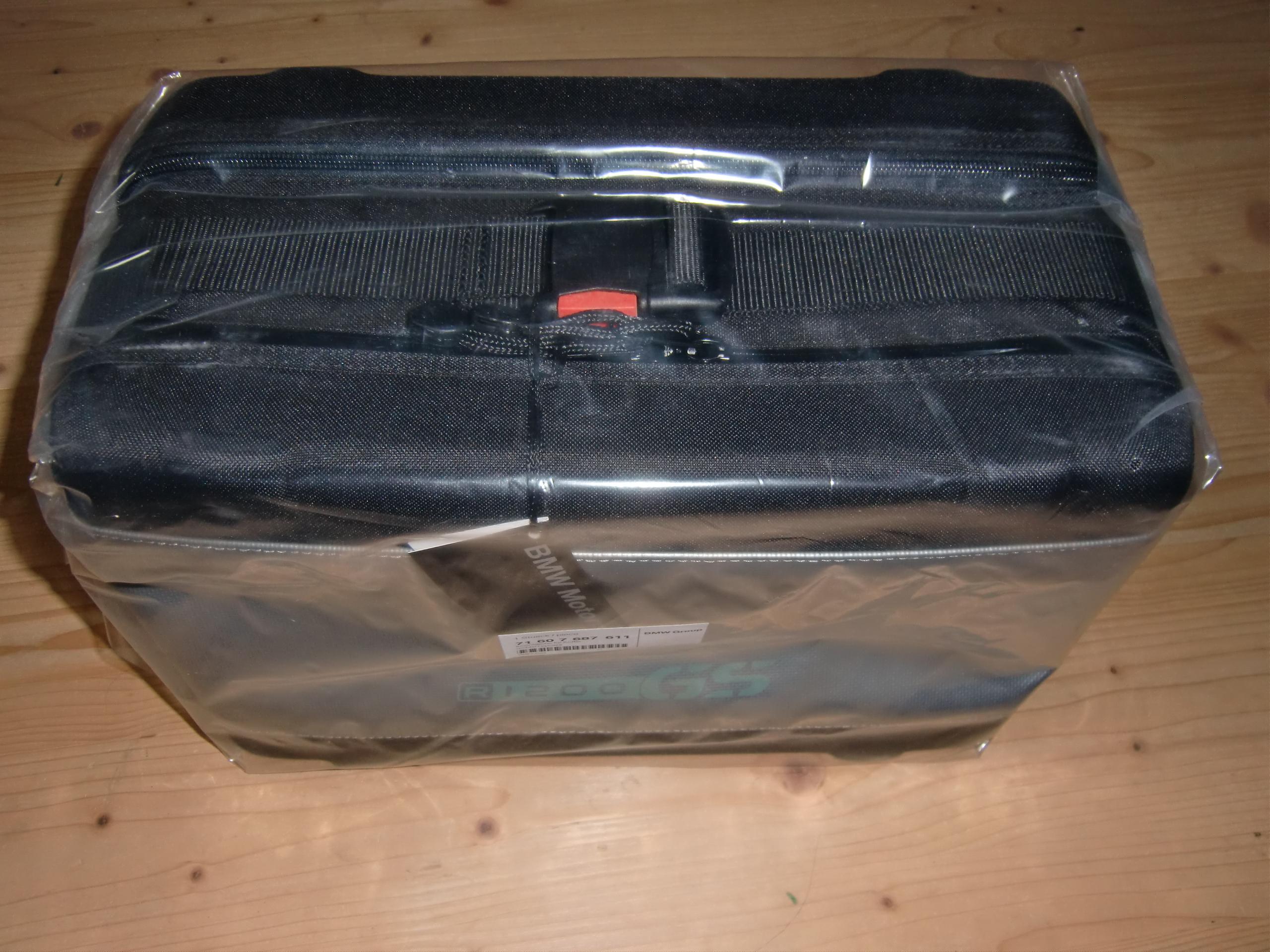 bmw innentasche rechts gro oder top case f r vario. Black Bedroom Furniture Sets. Home Design Ideas