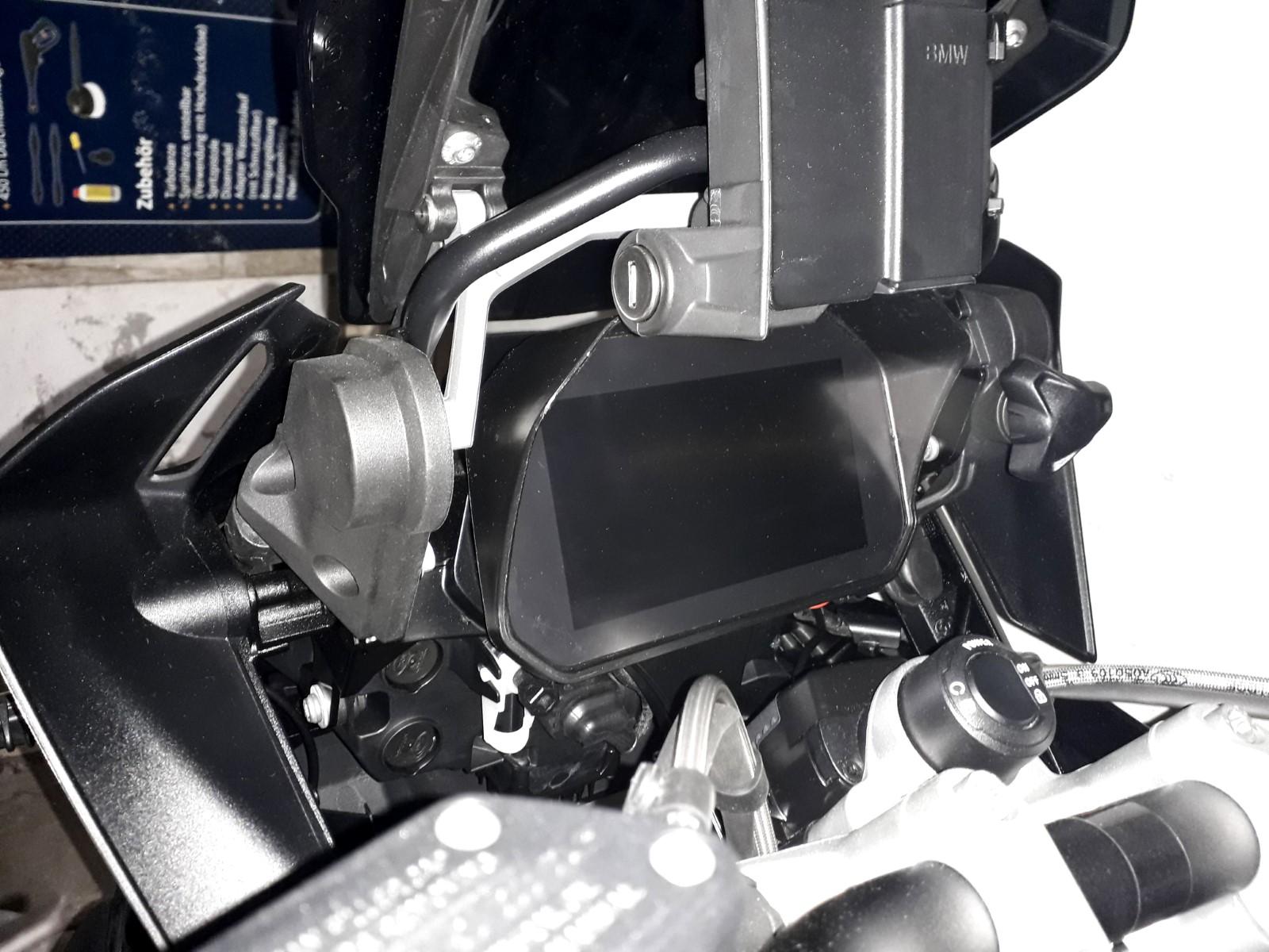 Cockpit-Blende (3).jpg