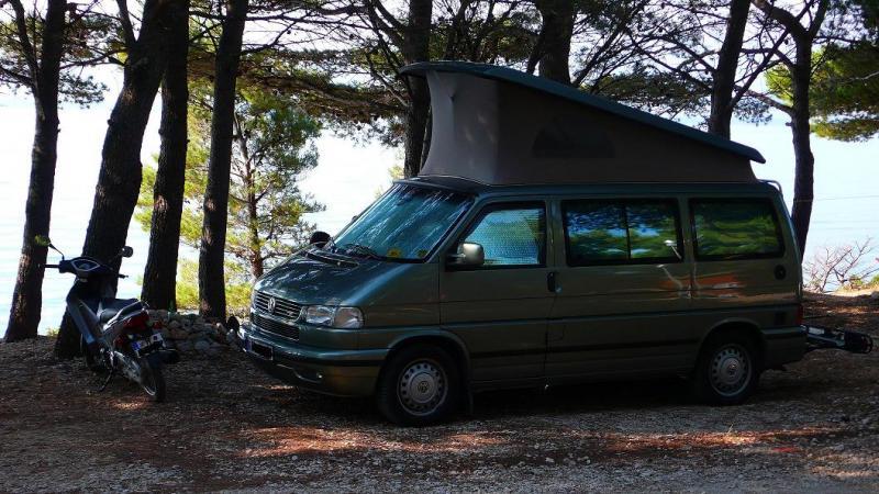 dingi-auf-campingplatz.jpg