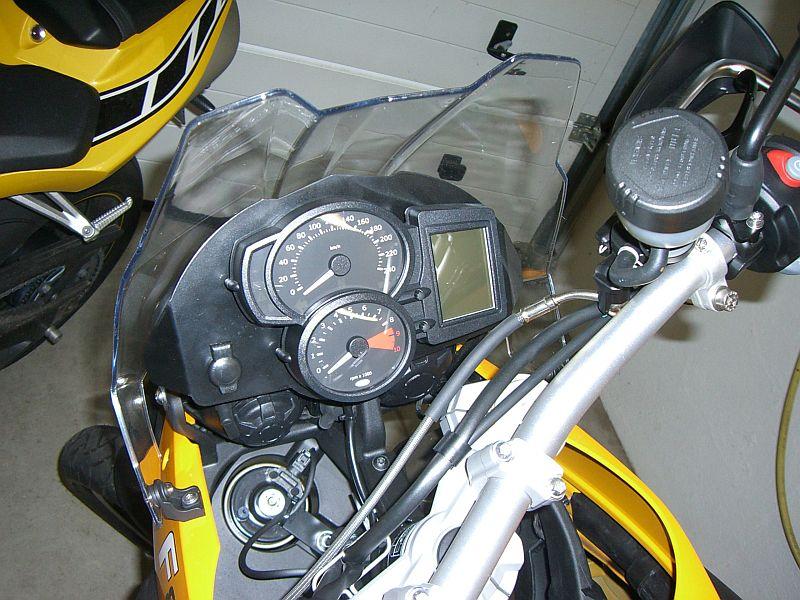 f800_cockpitblende.jpg
