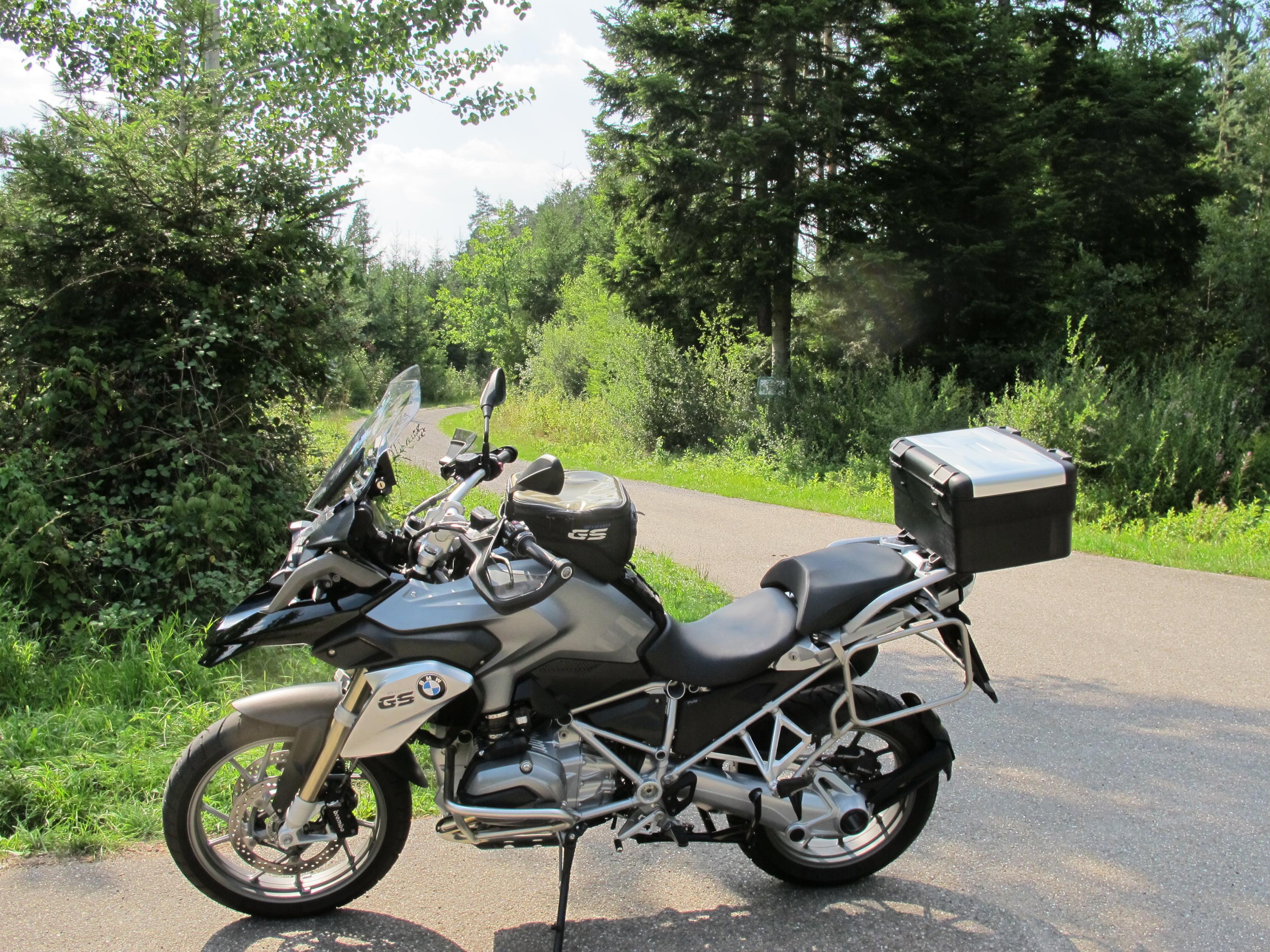 Klicke auf die Grafik f�r eine gr��ere Ansicht  Name:Fahrrad und Samstag 020.jpg Hits:452 Gr��e:1,25 MB ID:171983
