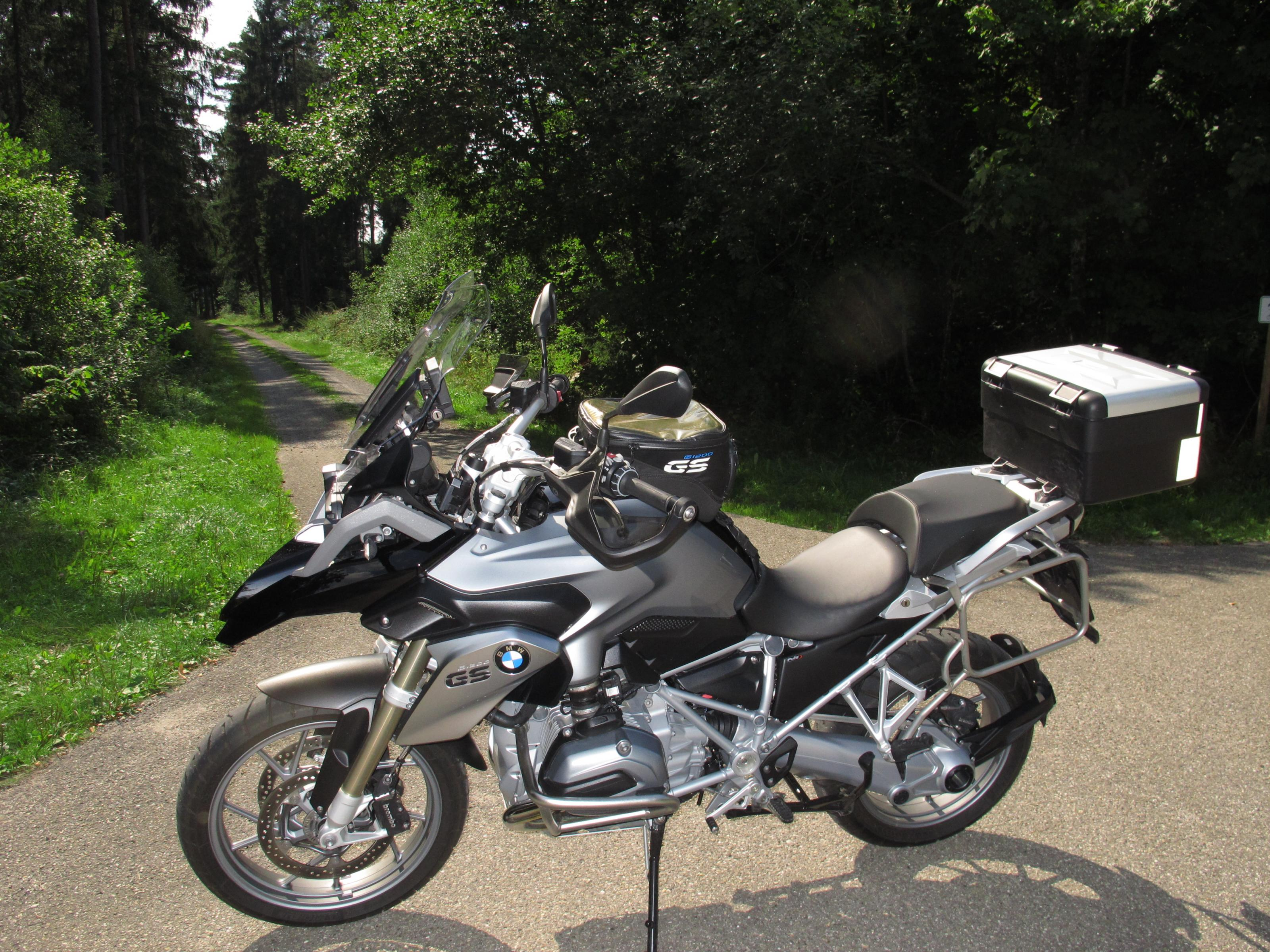 Klicke auf die Grafik f�r eine gr��ere Ansicht  Name:Fahrrad und Samstag 029.jpg Hits:457 Gr��e:1,08 MB ID:171980