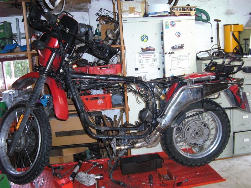 Klicke auf die Grafik für eine größere Ansicht  Name:GS Motor Restaurieren 29.12.2012 006.jpg Hits:311 Größe:103,3 KB ID:83331