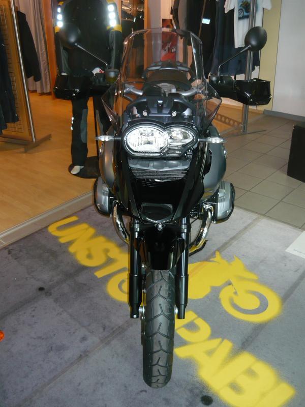 gs-triple-black-008.jpg