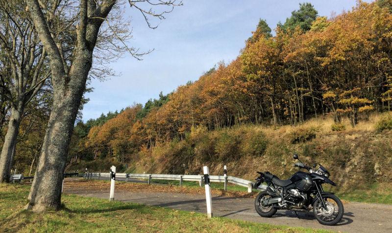 Klicke auf die Grafik für eine größere Ansicht  Name:Herbst am RurSee.jpg Hits:358 Größe:154,0 KB ID:145177