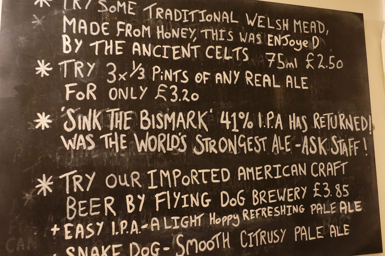 hier-gibt-es-sink-bismark-bier-.jpg