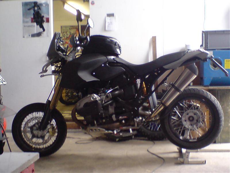 hp-black2-002.jpg