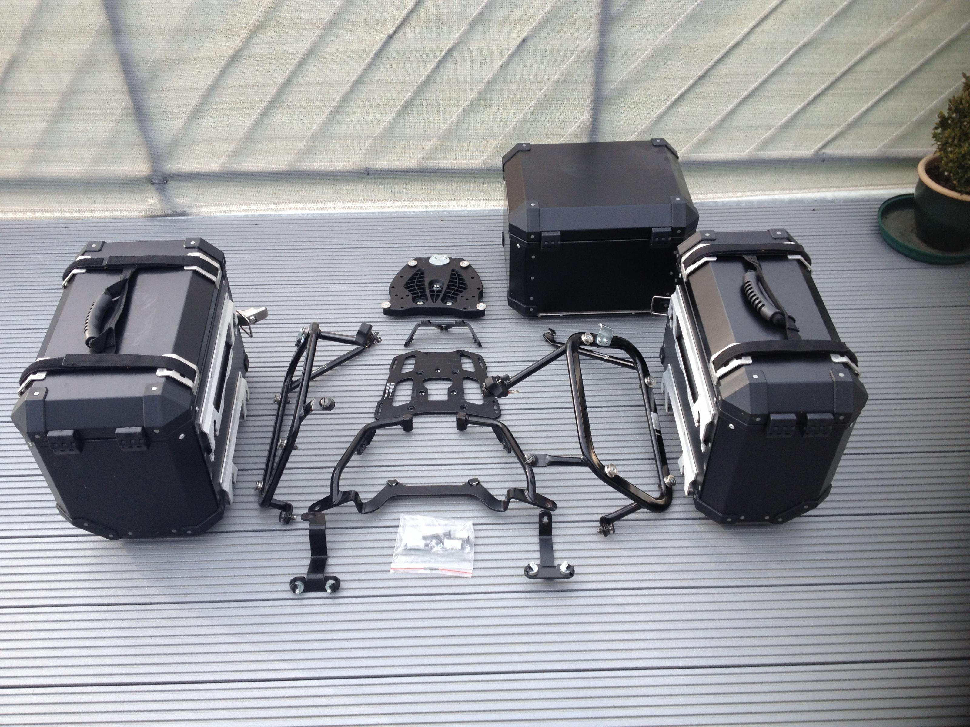 erledigt kofferset f 800 gs sw motech trax evo quick lock. Black Bedroom Furniture Sets. Home Design Ideas