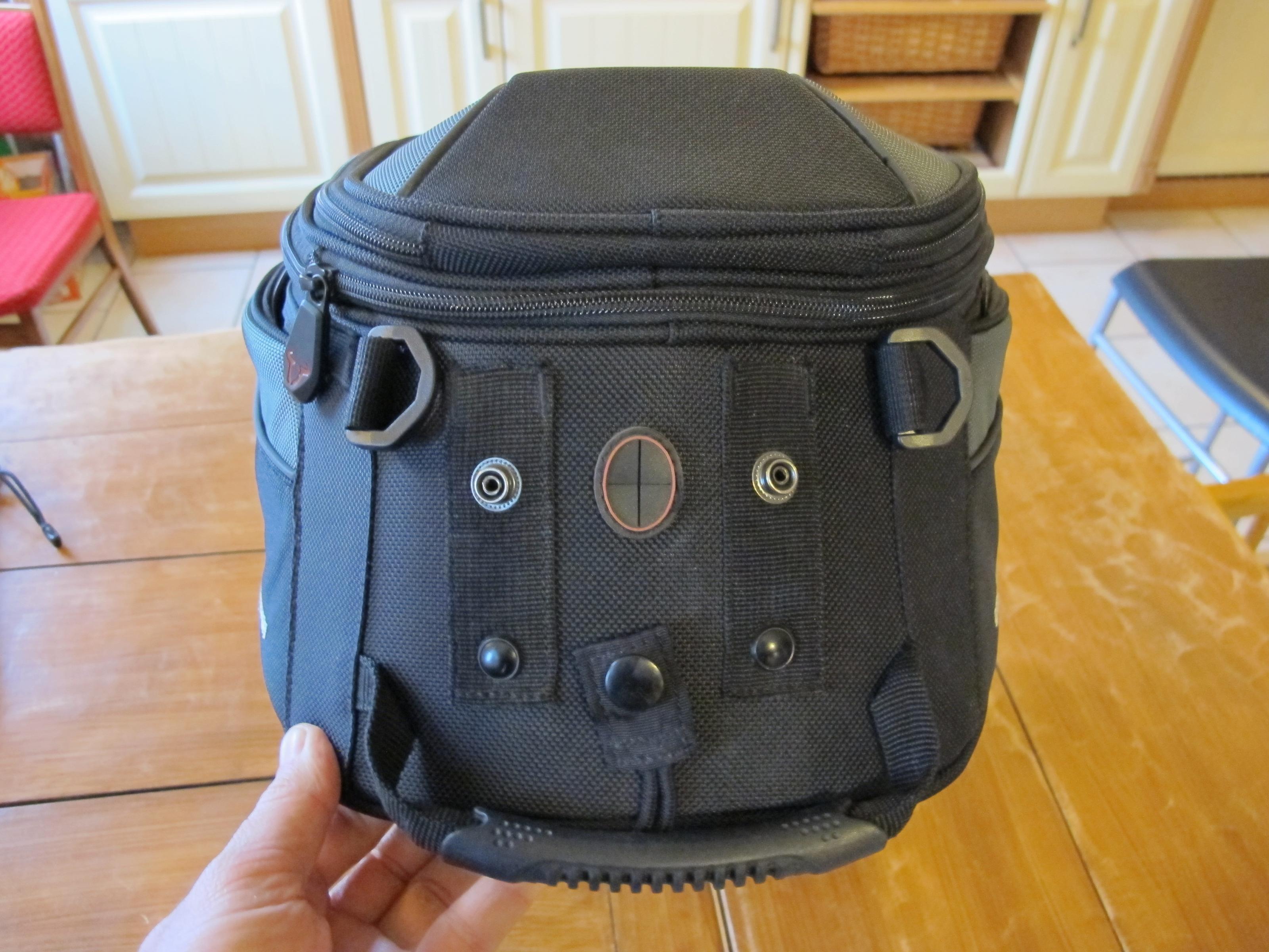 erledigt tankrucksack sw motech quick lock evo gs. Black Bedroom Furniture Sets. Home Design Ideas