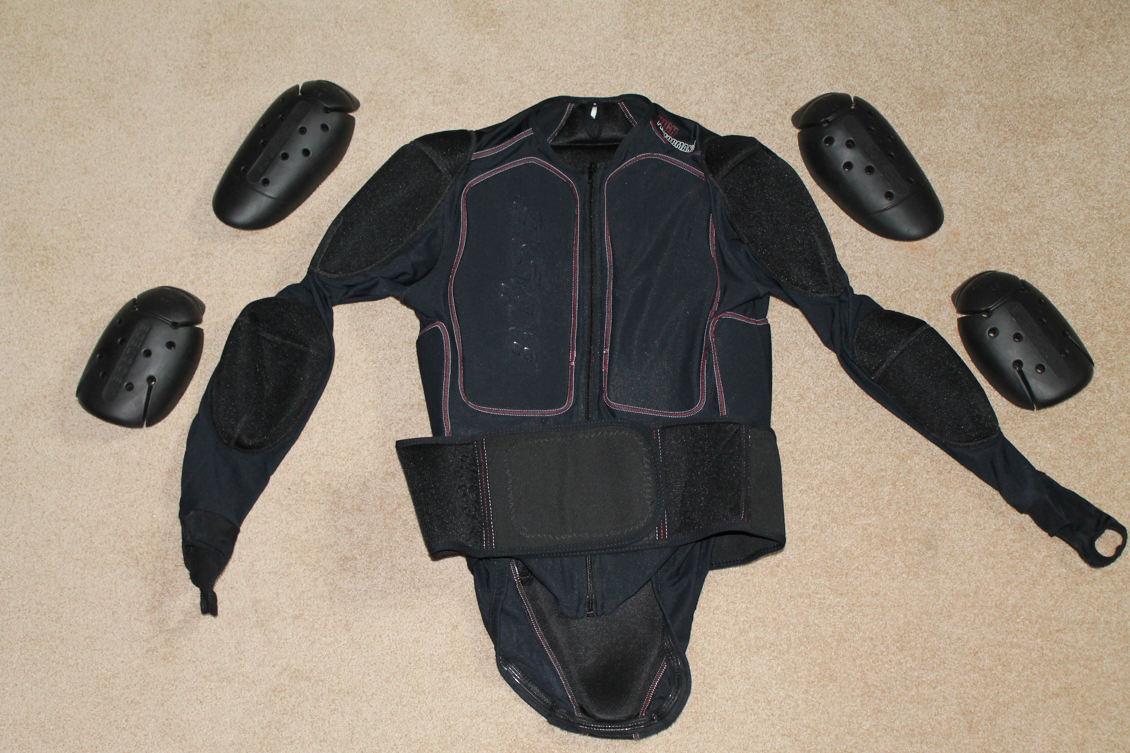 biete sonstiges buese motorrad oberk rper protektor. Black Bedroom Furniture Sets. Home Design Ideas