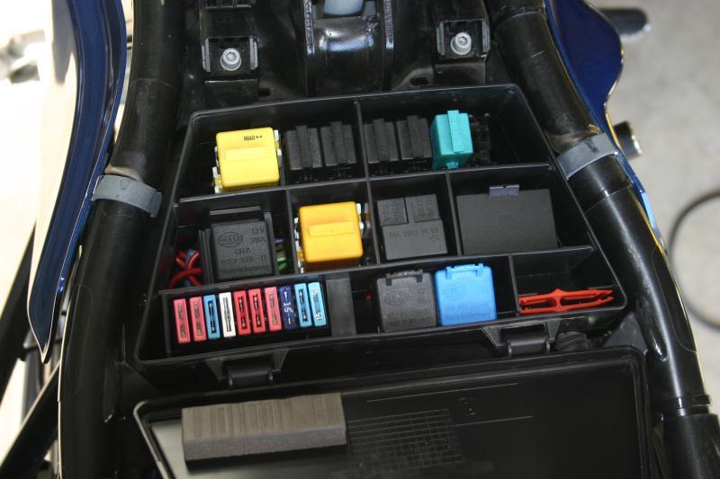 R 1150 Gs Neue Sicherung In Sicherungskasten Einbauen