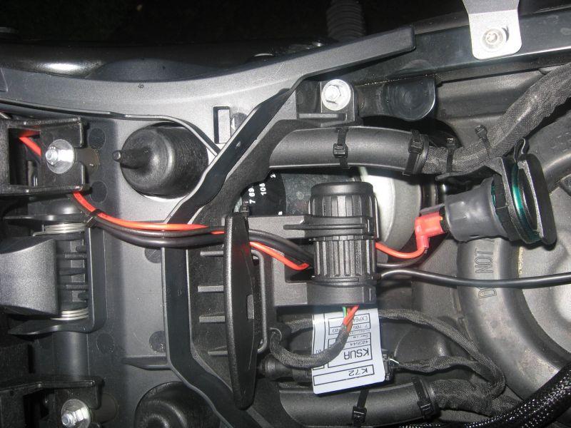 kabelverlegung-hinten-400.jpg