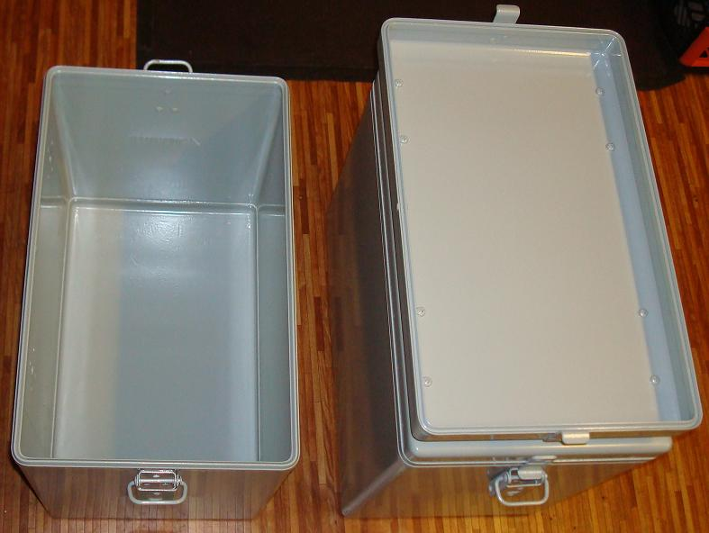 koffer-mit-pulver-2.jpg