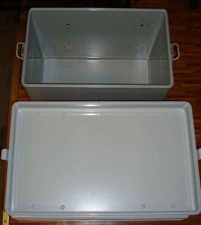 koffer-mit-pulver-3.jpg