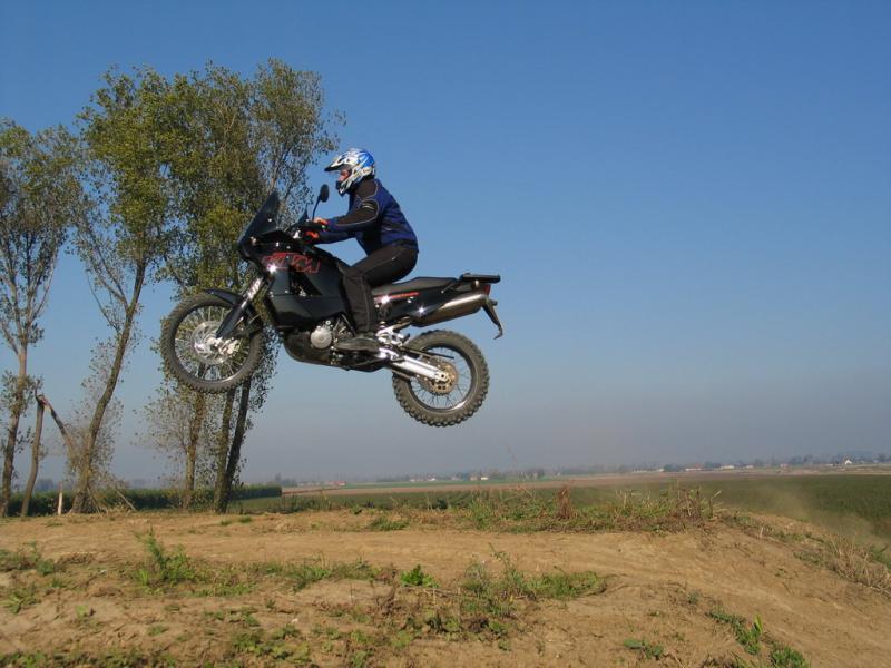 ktm-adventure-04-bikepics-452976.jpg