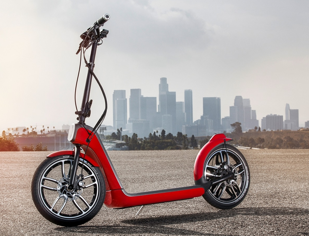 mini-makes-more-scooter.jpg