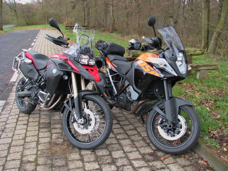 moped-paar-klein.jpg