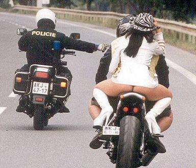 motorcycle_thong_cop.jpg