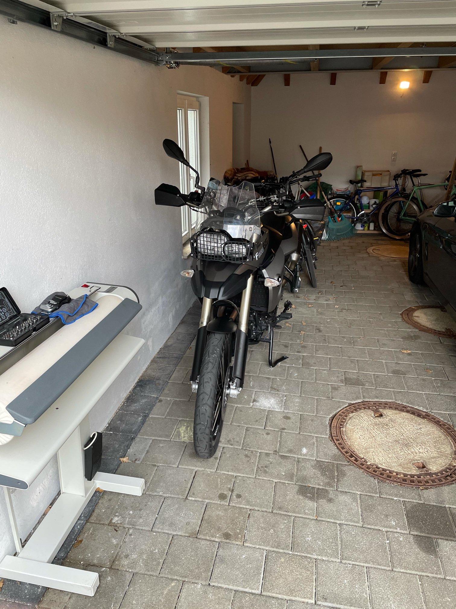 Motorrad Front.jpeg