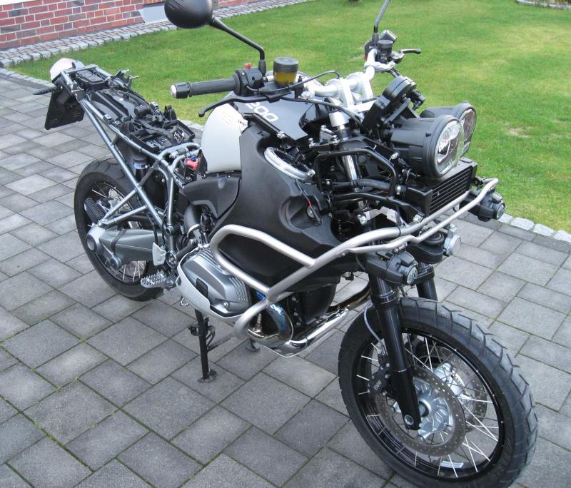 naked-bad-bike2.jpg