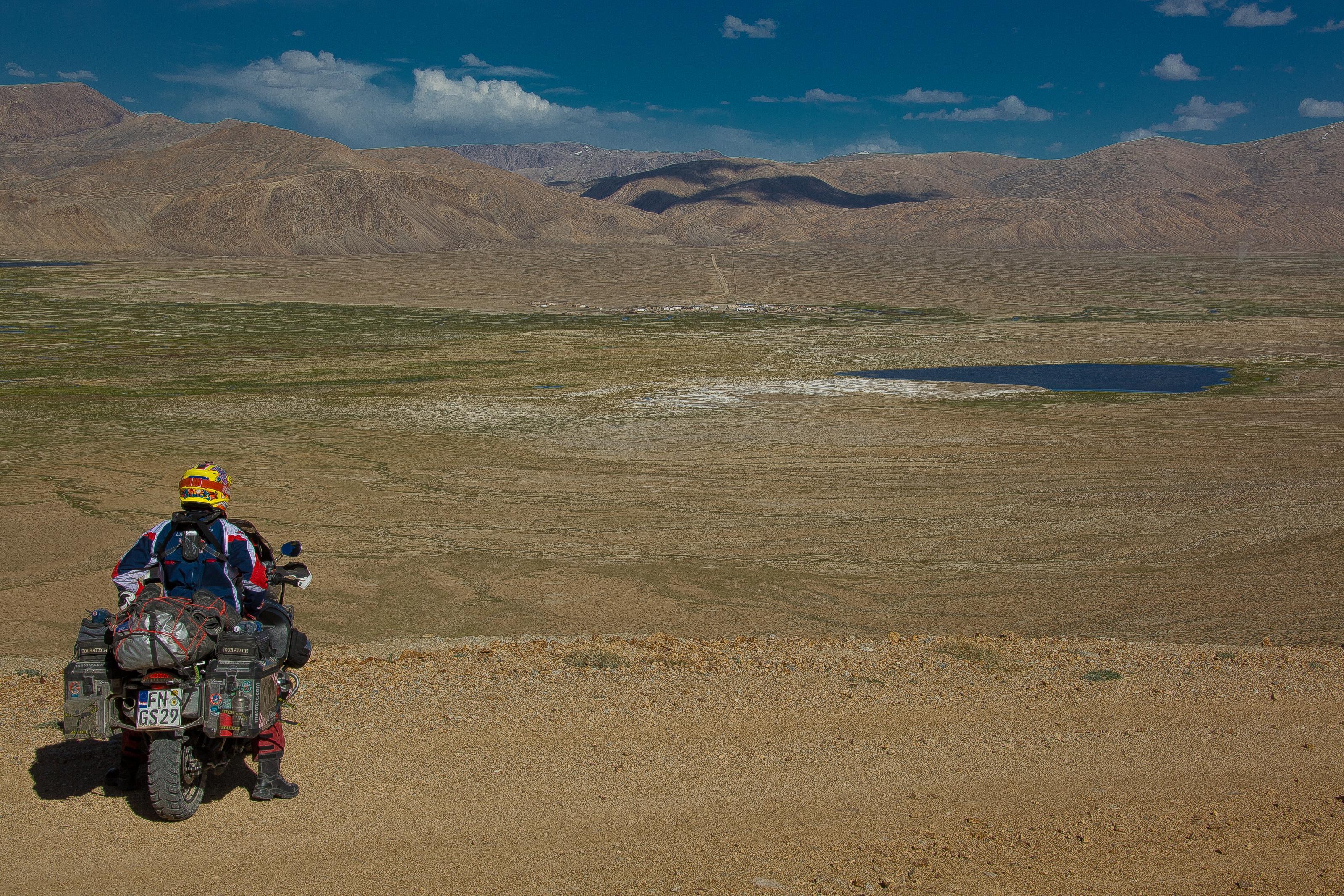 Klicke auf die Grafik für eine größere Ansicht  Name:Pamir_Gebirge .jpg Hits:575 Größe:1,77 MB ID:182403