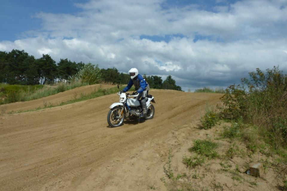 r100gs-enduro.jpg