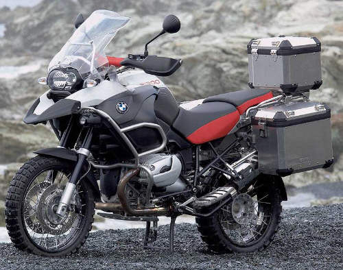 r1200gs_adv_white_outdoor_svl.jpg