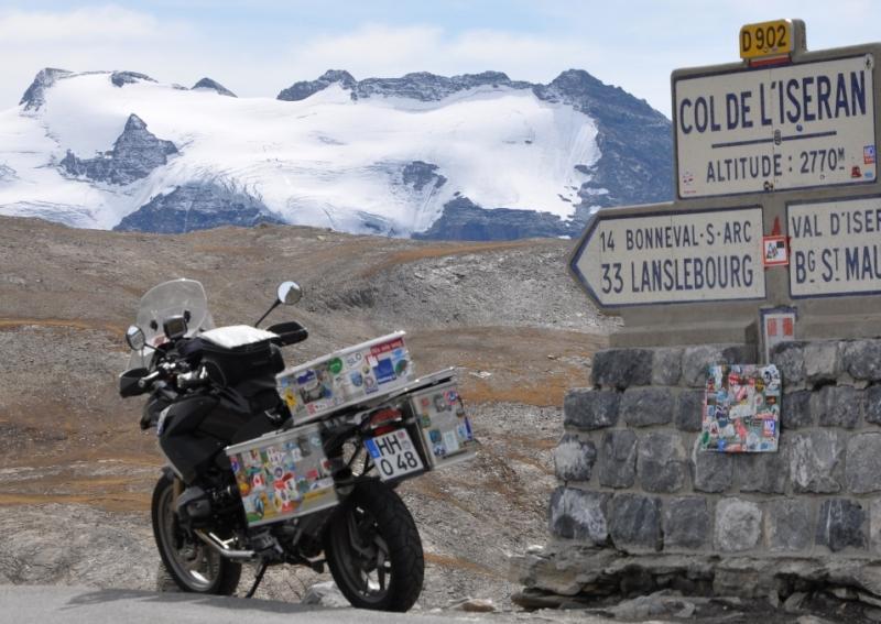 route-de-grandes-alpes-2010.jpg