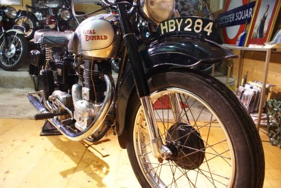 royal_enfield_350_cc_1949_06.jpg