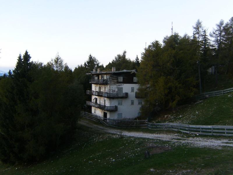 ruine-1.jpg