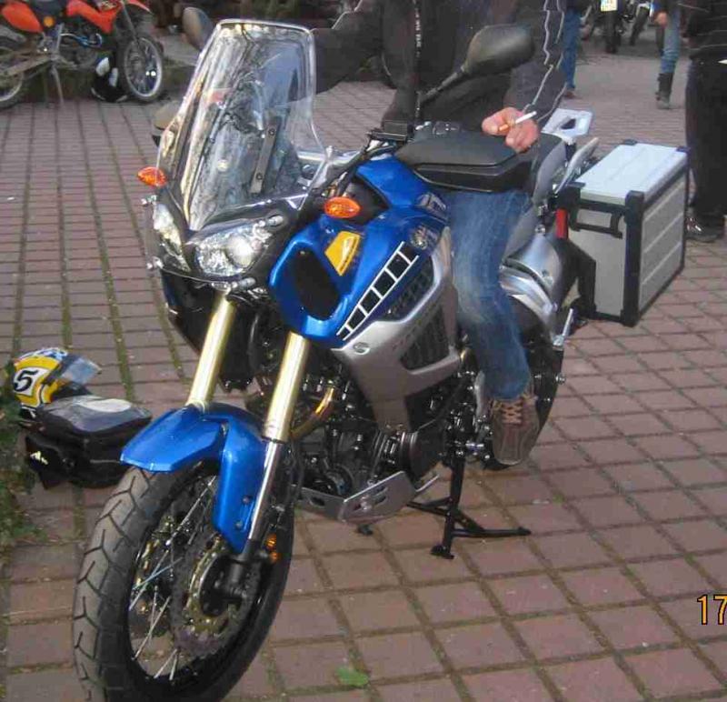 st1200.jpg