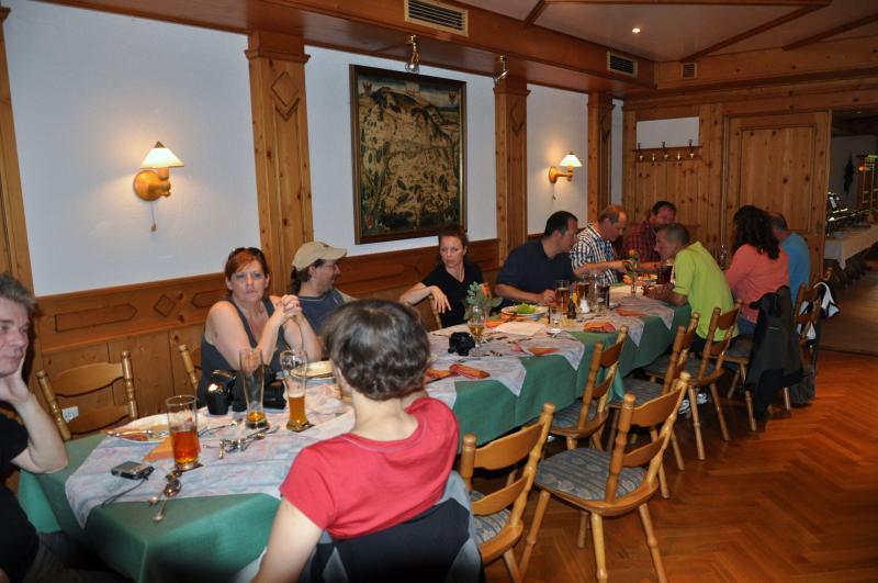 tafelrunde-reichardsroth-2012-029.jpg